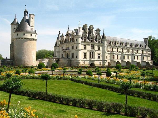 Phân tích ý nghĩa giấc mơ thấy lâu đài là điềm báo điều gì?