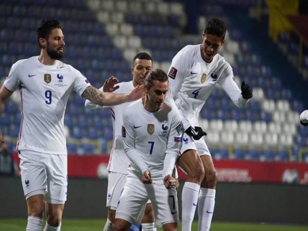 Tin bóng đá thế giới 1/4: Pháp nhọc nhằn giành 3 điểm