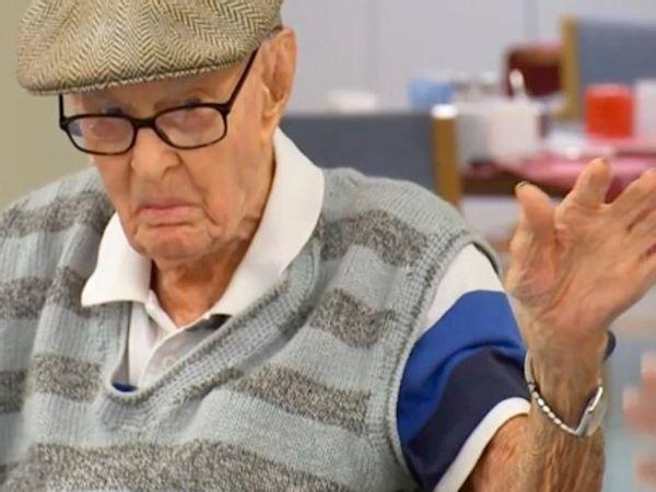 Nằm mơ thấy ông già có điềm báo gì, đánh con gì ăn chắc