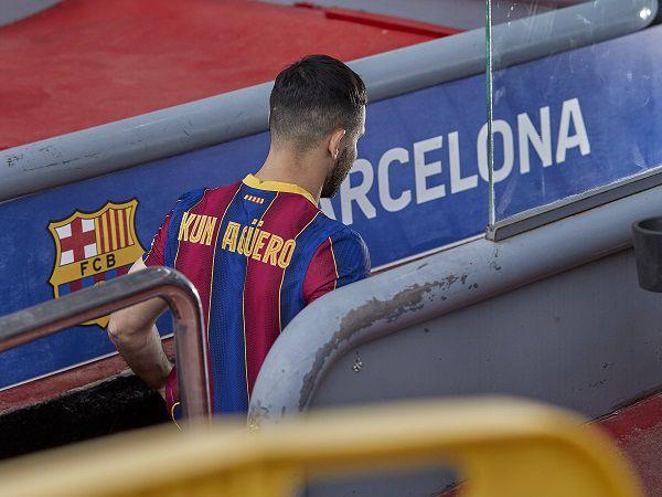 Tin bóng đá 17/9: Barca ấn định thời điểm Aguero tái xuất